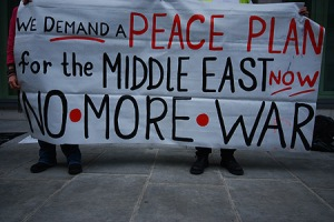 9-11-seventh-anniversary-us-embassy-anti-war-protest-middle-east-peace-london-11-september-2008
